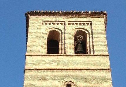 iglesia de san pedro madrid campanas torre de pisa