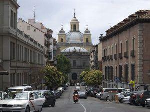La Latina, barrio, Madrid, La Almudena, calle