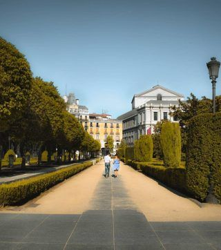 Alguna vez has vivido las fiestas de San Isidro en Madrid?🍩🤩 . Cada vez quedan menos días y aún no sabremos que se podrá hacer y que no, por lo que hemos escrito un artículo (Enlace en bio) con los mejores eventos que suele haber en estas fechas! . . . . . #sanisidro #sanisidro2021 #fiestasdemadrid #madridescultura #madridcultura #madridcultural #timeoutmadrid #madridsecreto #lomejordemadrid #madridcity #madridciudad #madridmola #madrid🇪🇸 #madrid_te_quiero #madridlovers #madridjoven #madridespaña #madridtour #visitamadrid #visitmadrid #madridturismo #turismomadrid #enmadrid #madridcentro #madridmonumental